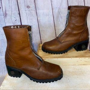 Vintage Sam & Libby Camel Square Toe Heeled Boots